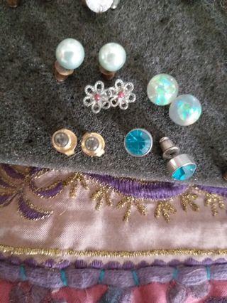 Earrings mixed
