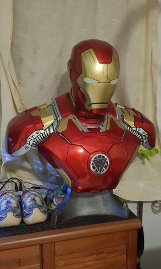 🚚 Scale 1:1 Life Size Iron Man Bust Collection