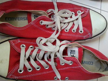 Converse Sneakers Size 42
