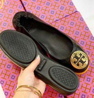 Tory Burch Flat Shoes (black gold)
