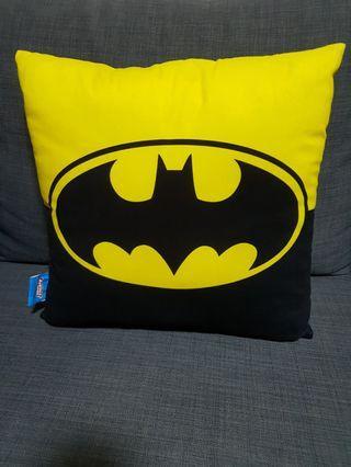 "LAST 2 DAYS SALE! 最後兩日大減價 15"" Cushion:Batman蝙蝠俠 & Superman超人"