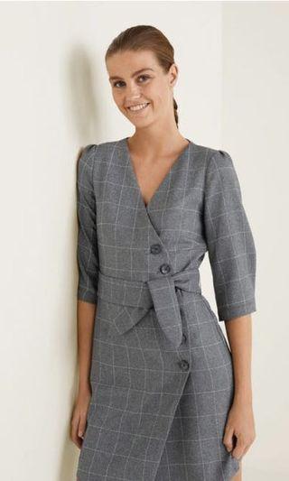 🚚 Mango grey check wrap dress #MRTSerangoon