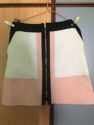 🚚 River island colour block pink/black skirt