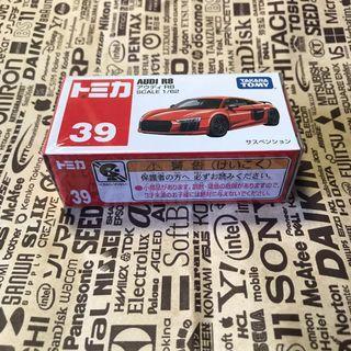 Tomica Audi R8