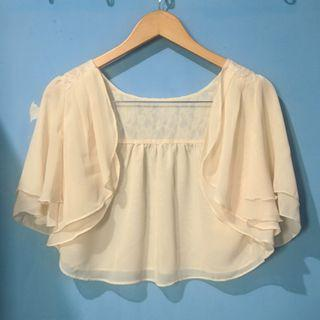 Cream crop cardigan HARGA PAS NETT FREEONGKIR WAHANA JABODETABEK