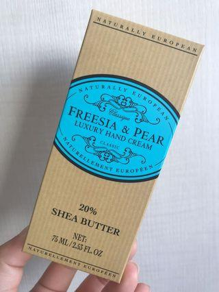 🚚 Naturally European Freesia & Pear Hand cream Shea Butter