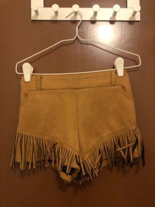 🚚 Brown cowboy shorts