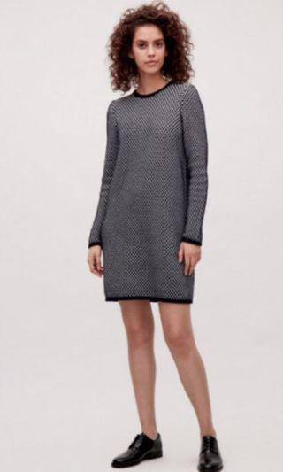 COS Raised Knit Dress Pale Pink & Navy Blue New