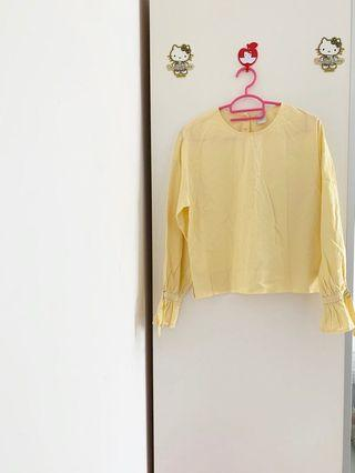 🚚 LALU back button down pastel yellow TOP Long sleeve with tie