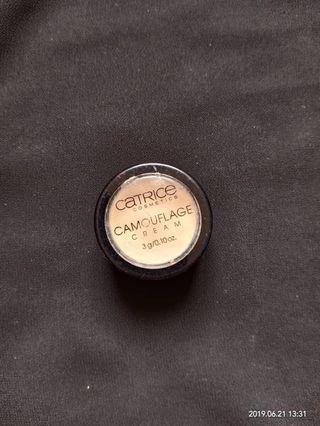 Catrice Camouflage Cream #Carouselland