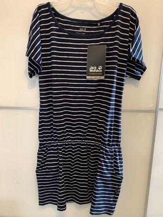 New Ladies outdoor one piece dress 全新戶外女裝裙