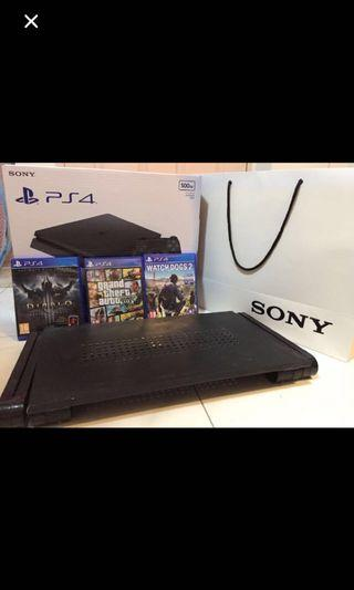 🚚 PS4 slim black 500gb with 3 games (1 controller included)