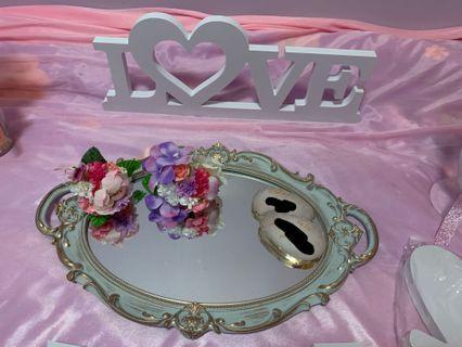 電子上頭用花燭/ 花籃x 2/相架/ bride 頭箍/Bride to be cake top/ Love 字小花/鏡面托盤/Love 字白色牌