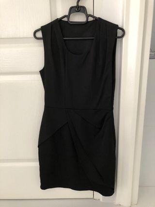 MDS black dress size s