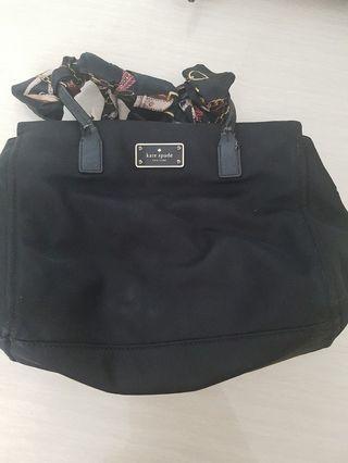 🚚 Preloved Kate spade sling bag