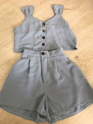Dusty blue crop top and height waist set