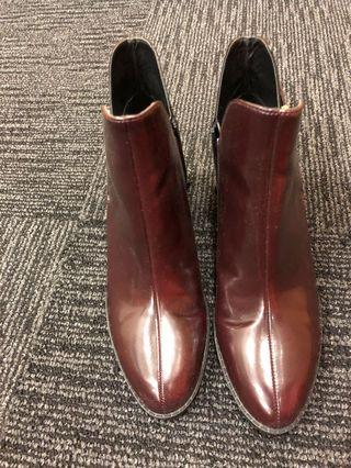 Brown Boots brand new