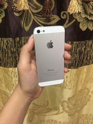 iPhone 5 Silver 64gb guys bukan 16gb