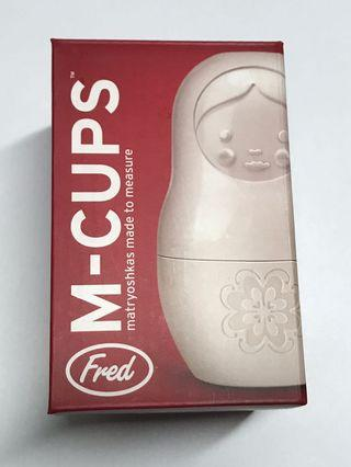 Fred Measuring Cups (matrouska)