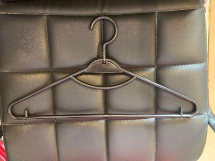 Plastic hanger 5 for RM1 (no cod service) 150 pcs available