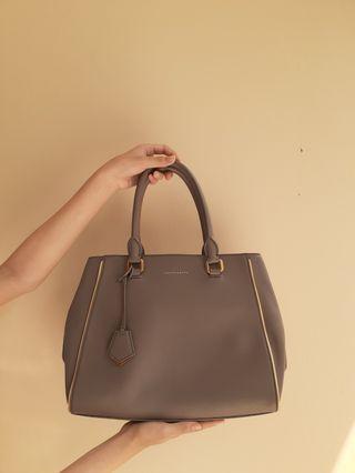 Handbag charles n keith