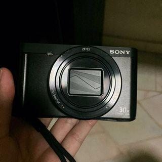 Sony camera with flip screen