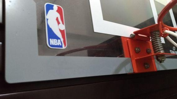 🚚 NBA 門框投籃板