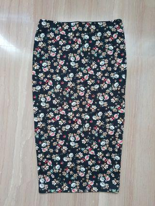 Pull & Bear Long Floral Bandage Skirt