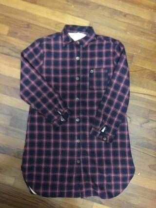 🚚 Checkered Blouse
