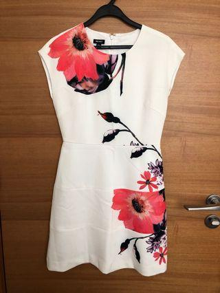 BN Nine West floral dress