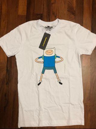 🚚 Authentic Adventure time white finn Tshirt