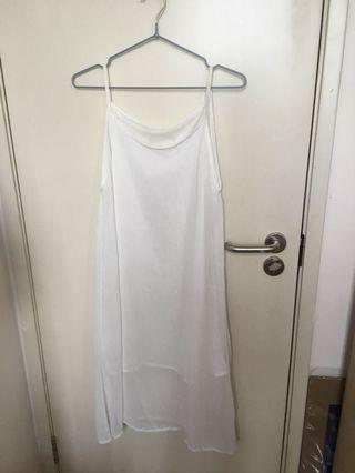 白色靚料底裙