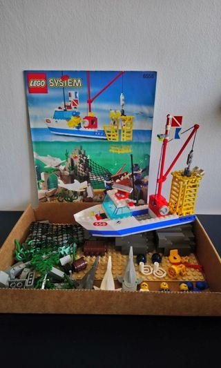 LEGO 6558 Shark Cage Cove