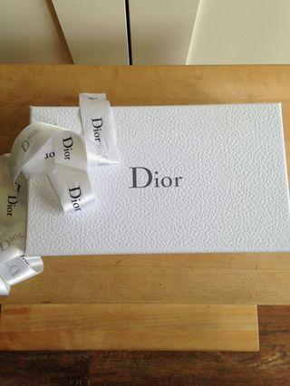 *Reduced Price* Dior lipstick and perfume gift set