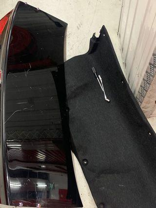Honda Civic FD bootlid (Hole ready for Spoiler)