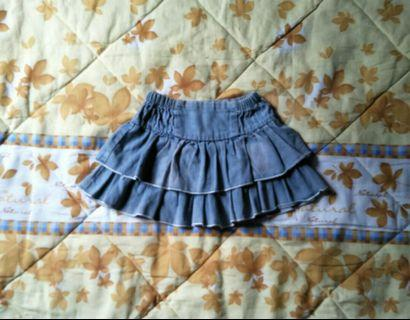 Pleated jeans skirt for 3