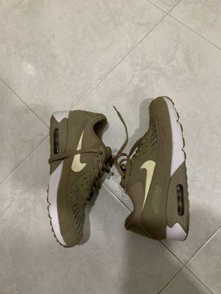 Brown Gold Nike  Air Max 90