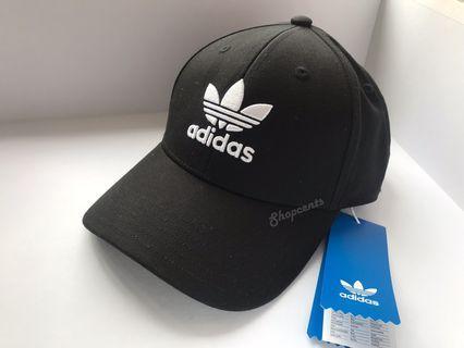 🎹🎹全新Adidas 深黑Cap帽