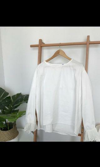 🚚 韓版白色蕾絲寬袖襯衫