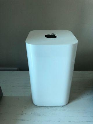 Apple AirPort Extreme router 95% new  新淨靚仔有盒