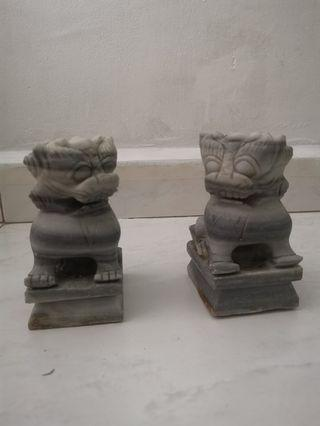 BN Vintage Lion crafted in pair