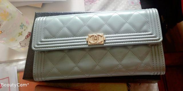 Chanel Boy Wallet 真貨,used but still v good condition
