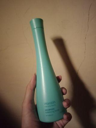 Wardah Hydrating Toner