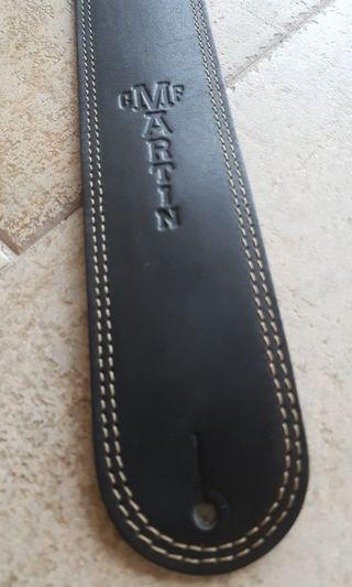 🚚 Martin black leather guitar strap 2.5 inch