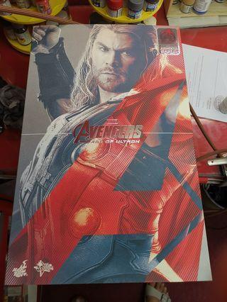 Thor hot toys AOU