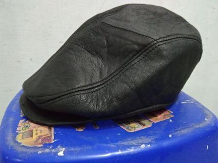 Topi flat topi seniman topi copet kulit asli