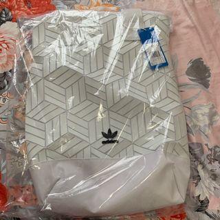 Adidas original urban backpack 書包