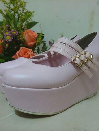 Wego粉色高鞋