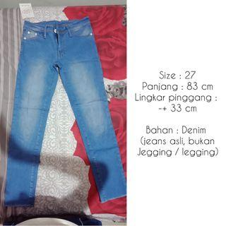 Celana Jeans 7/8 Ripped
