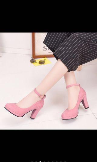 粉紅高跟鞋